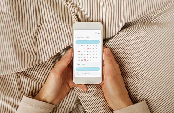 Planning the day using mobile calendar
